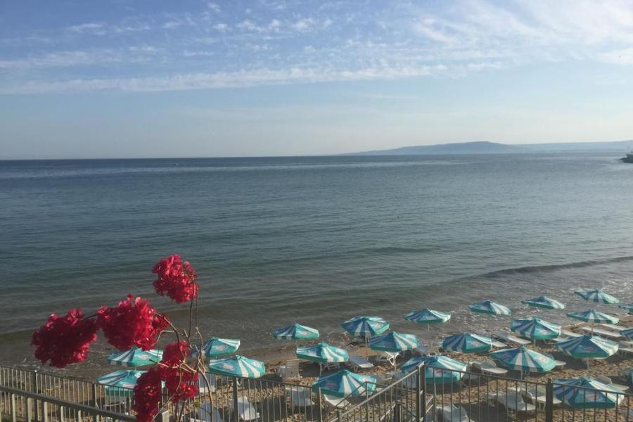 Helios_hotel_beach1